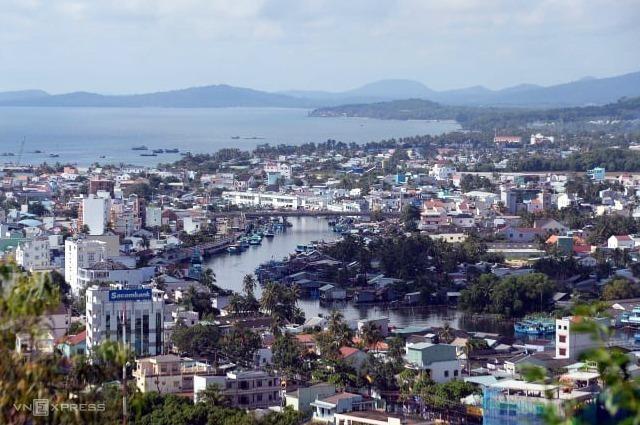 Đảo Phú Quốc là khu kinh tế ven biển duy nhất hiện nay đủ điều kiện miễn thị thực cho người nước ngoài. Ảnh: Hữu Khoa
