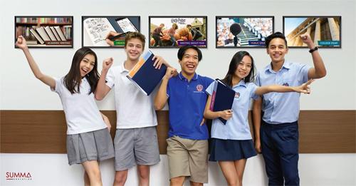 Rất nhiều học viên của Trung tâm đã được nhận vào và tốt nghiệp từ những trường nội trú nổi tiếng, cũng như các trường đại học uy tín như Harvard, Stanford, UC Berkeley, Andover, và Lawrenceville.