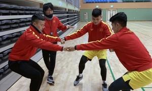 Quang Hải trở lại tập nhẹ cùng U23 Việt Nam