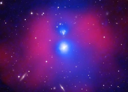 NGC 6338 có thể là vụ va chạm và sáp nhập dữ dội nhất giữa hai nhóm thiên hà. Ảnh: NASA.