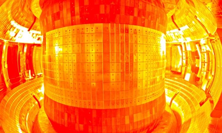 Trung Quốc sắp vận hành 'mặt trời nhân tạo'