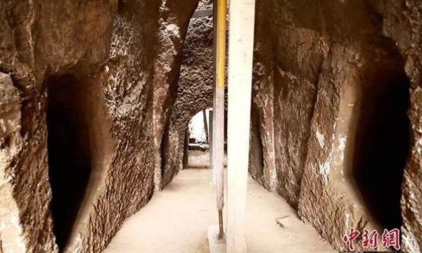 Các gian bên trong ngôi mộ. Ảnh: China Daily.