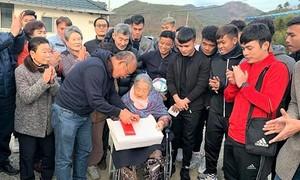Ông Park dẫn U23 Việt Nam về thăm quê
