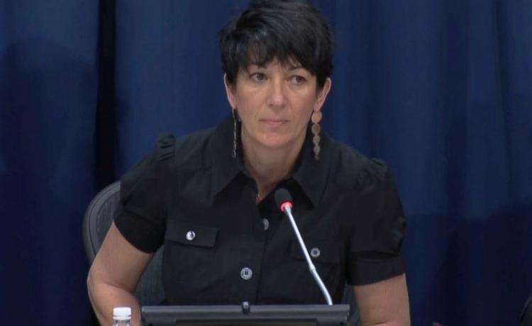 Ghislaine Maxwell phát biểu trong một cuộc họp báo tại trụ sở Liên Hợp Quốc ở New York, Mỹ, hồi tháng 6/2013. Ảnh: Reuters.