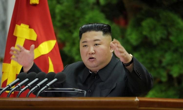 Lãnh đạo Triều Tiên Kim Jong-un chủ trì phiên họp toàn thể của đảng Lao động ngày 28/12. Ảnh: KCNA.