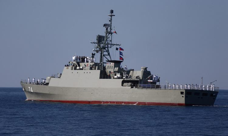 Tàu chiến Iran trong cuộc tập trận. Ảnh: Reuters.