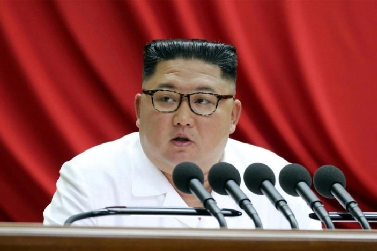 Kim Jong-un phát biểu tại Ủy ban Trung ương đảng Lao động Triều Tiên hôm 29/12. Ảnh: KCNA.