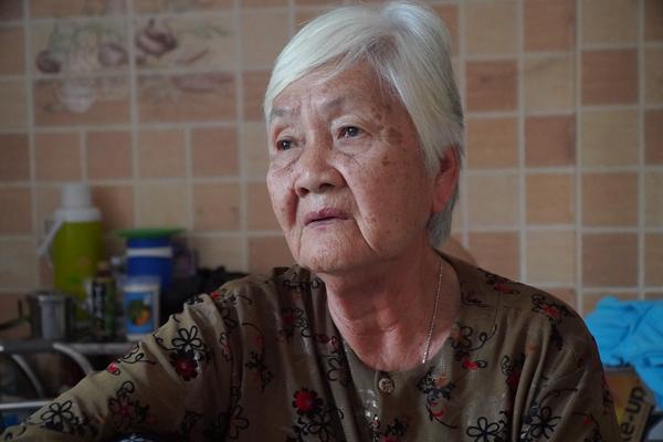 Bùi Thị Ren (76 tuổi