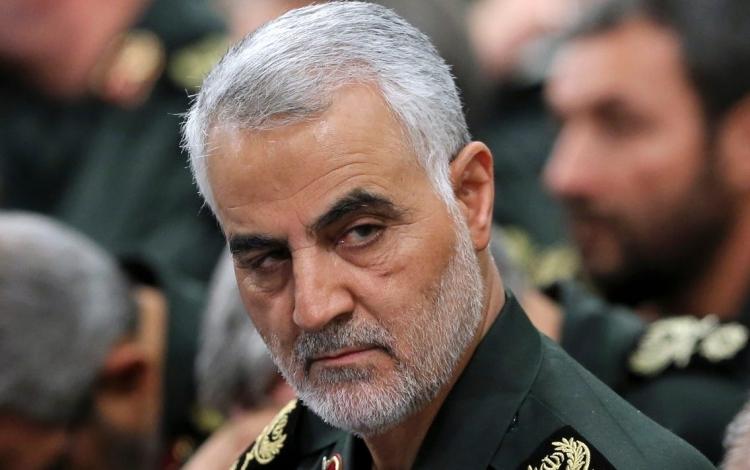 Thiếu tướng Qassem Soleimani cùng các chỉ huy Vệ binh Cách mạng Iran trong cuộc họp tại Tehran tháng 9/2016. Ảnh: Reuters.