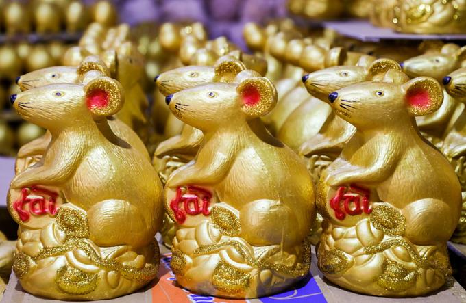 Làng gốm làm 'chuột vàng' mùa Tết