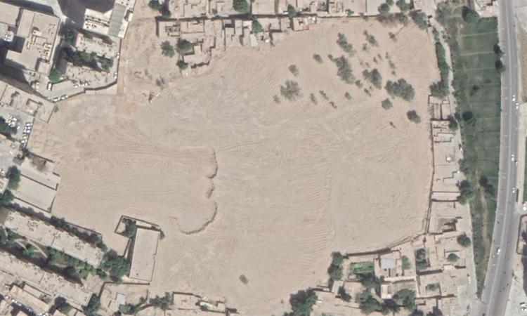 Nghĩa trang Sultanim chỉ còn là bãi đất trốngtrong khoảng thời gian từ tháng 1-3/2019. Ảnh: CNN.
