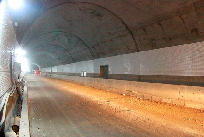 Hầm Hải Vân 2 đã thông kỹ thuật toàn tuyến. Ảnh: Võ Thạnh.