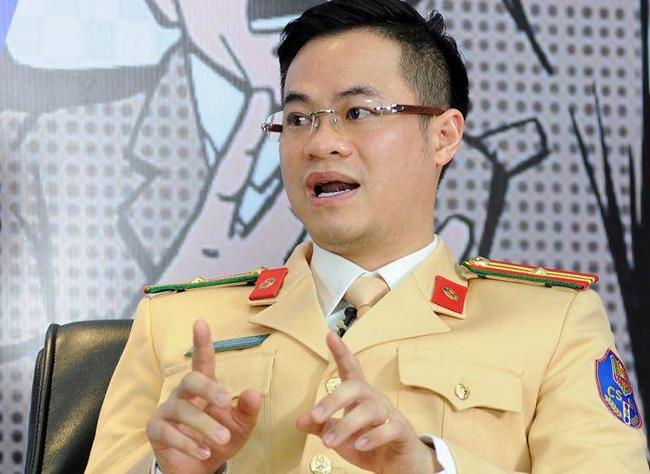 Thiếu tá Đào Việt Long, phó trưởng phòng CSGT, Công an Hà Nội. Ảnh. Báo Giao thông