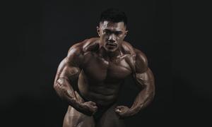 Chàng trai 48 kg thành lực sĩ