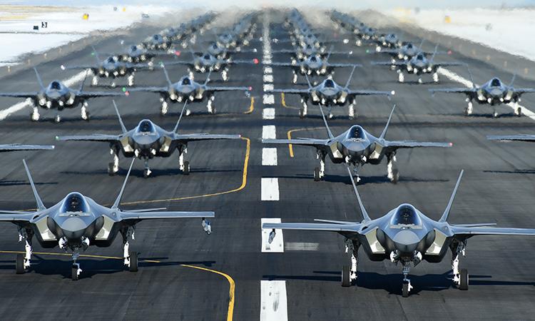 52 tiêm kích F-35A tham gia diễn tập Elephant Walk tại căn cứ không quân Hill, bang Utah ngày 6/1. Ảnh: USAF.