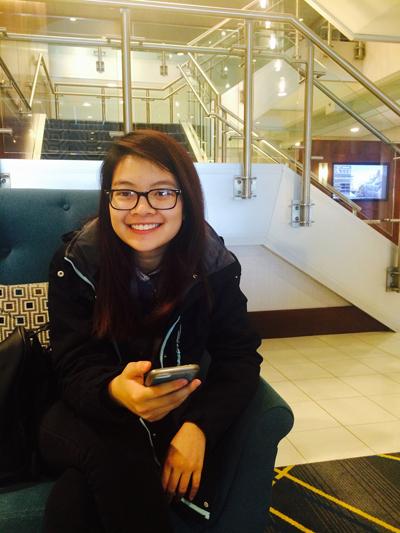 Nhắc đến Quỳnh Châu, bạn bè và người thân thường nghĩ về một nữ sinh cá tính, thích mua sắm, vui chơi, làm đẹp, ăn vặt giống như bao học sinh khác chứ không phải cô nàng mọt sách.