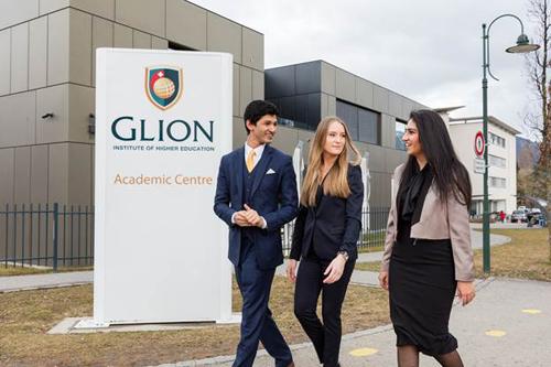 Sinh viên sau khi tốt nghiệp tại trường Glion vàLes Roches làm việc trong nhiều lĩnh vực khác nhau trong ngành Hospitality: Khách sạn, nhà hàng, resorts, du lịch và lữ hành...