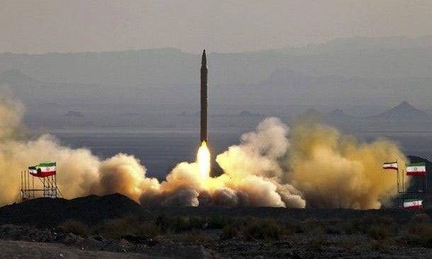 Tên lửa Qiam-1 được Iran phóng thử năm 2015. Ảnh: ISNA.