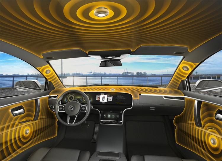 Những chiếc loa công nghệ mới, là những bộ kích hoạt được ẩn sau các bề mặt trong nội thất. Ảnh: Continental