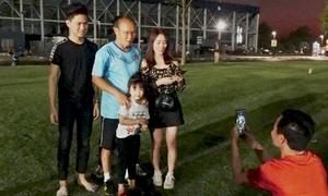 CĐV hoãn về Tết để cổ vũ U23
