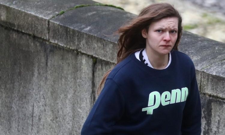 Gemma Watts tại toà án Winchester, Anh, hôm nay. Ảnh: Reuters.