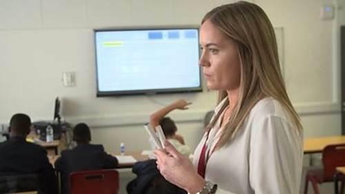 Giáo viên cần được hỗ trợ nhiều hơn để phát huy vai trò trong nền giáo dục mới.