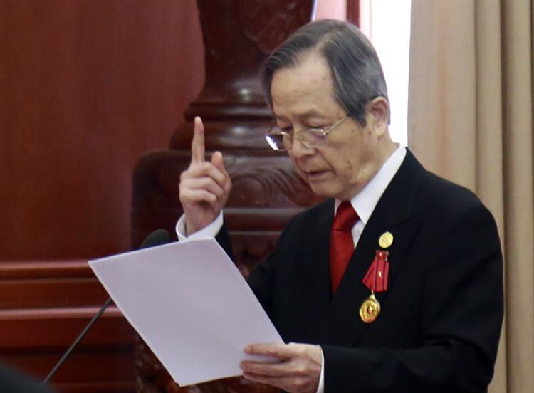 GS-TS Đặng Lương Mô hiến kế giúp TP HCM chống ùn tắc giao thông. Ảnh: Trung Sơn