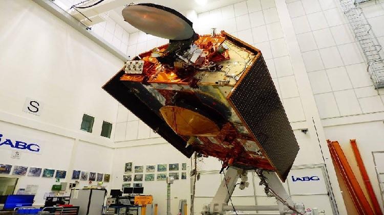Vệ tinh Sentinel-6 đang trong quá trình hoàn thiện, dự kiến phóng vào tháng 11 năm nay (ảnh:Space)