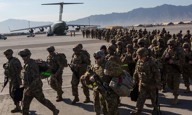 Lính Mỹ rút quân từ căn cứ quân sự Bagram, tỉnh Parwan năm 2013. Ảnh: NY Times.