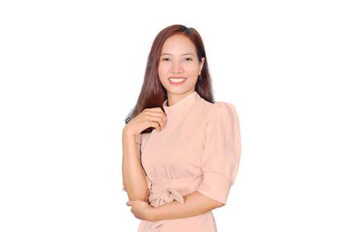 Cô Thạch Thị Nhân -Giáo viên Toán tại TP HCM.