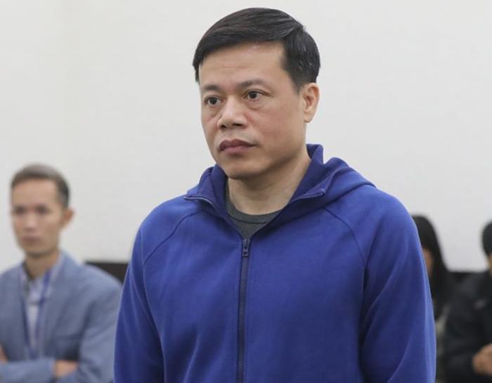 Bị cáo Nguyễn Hoàng Long tại phiên tòa sáng 14/1. Ảnh: Xuân Hoa