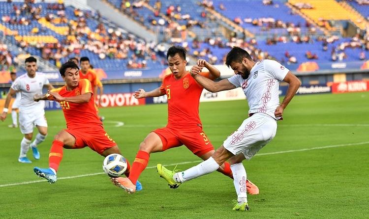 Những pha dứt điểm không tốt khiến Iran không thể chọc thủng lưới Trung Quốc nhiều hơn một lần. Ảnh: AFC.