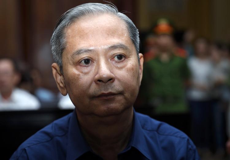 Ông Nguyễn Hữu Tín trong phiên xử cuối năm ngoái. Ảnh: Hữu Khoa.