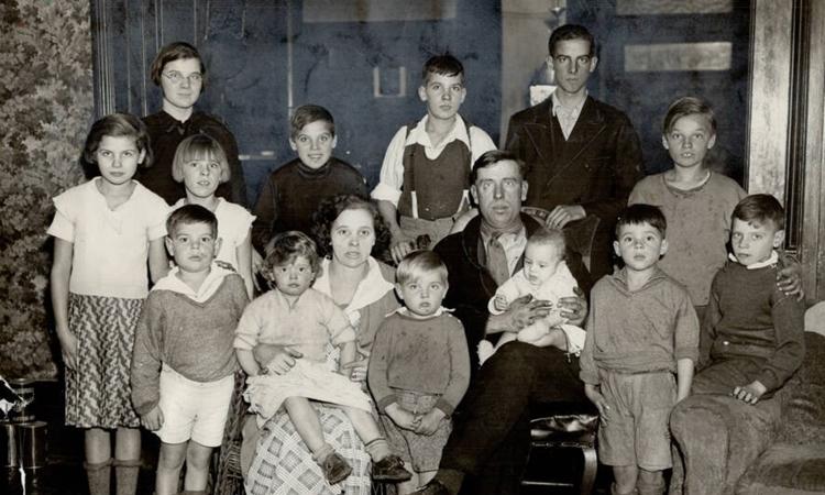 Gia đình Timleck, một trong 4 gia đình đoạt giải. Ảnh: Toronto Star.