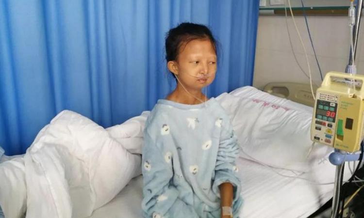 Wu Huayan tại bệnh viện. Ảnh: Kerry Allen/ Twitter