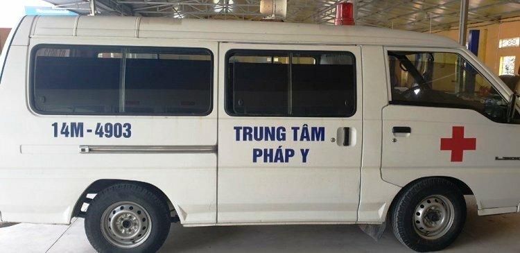 Chiếc xe biển 14 Quảng Ninh đang bị CSGT Hải Phòng tạm giữ.