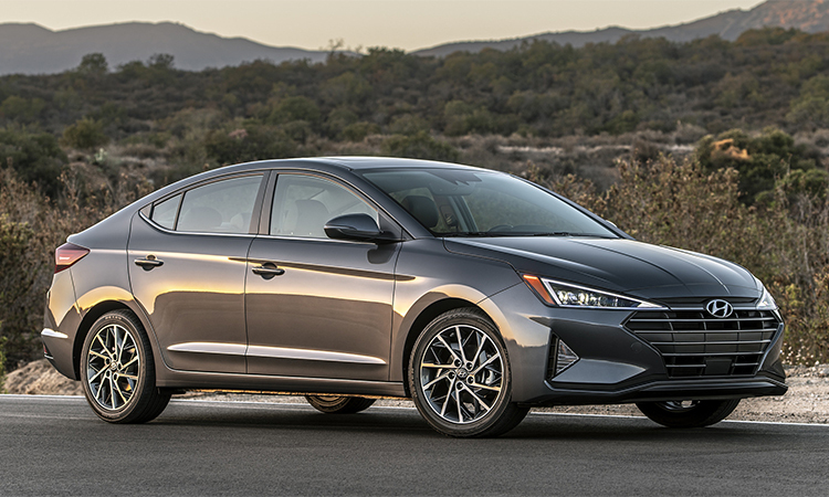 Elantra, mẫu xe bán chạy nhất của Hyundai ở Mỹ.