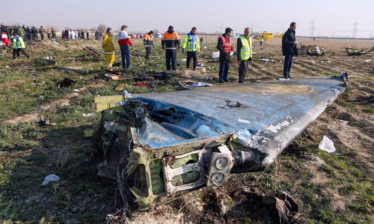 Hiện trường vụ rơi máy bayở Tehran, Iran hôm 8/1. Ảnh: AFP.