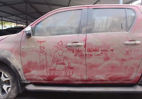 Dũng bảo khi nào mua xe sẽ cưới Hà Lan.