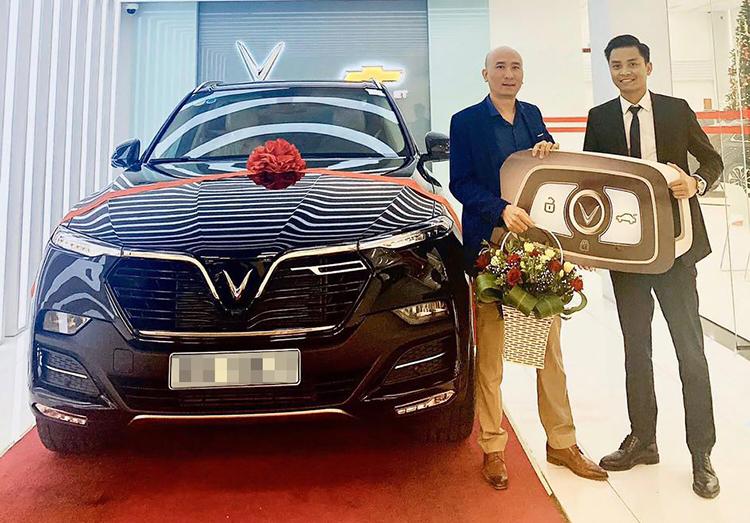 Более 17 000 вьетнамских клиентов заказали автомобиль VinFast