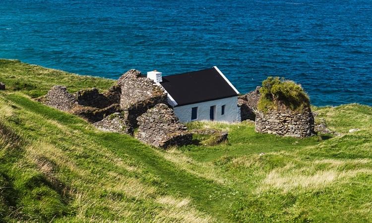 Một phần trên đảo Great Blasket. Ảnh: irelandhighlights.com.