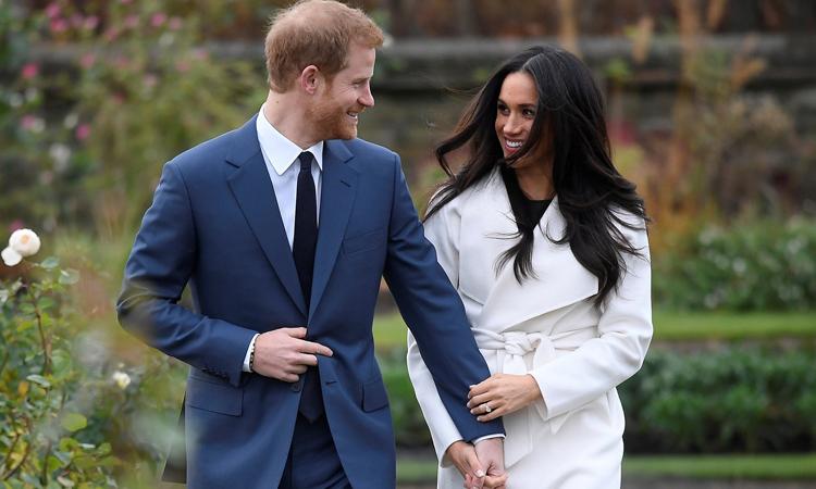 Harry - Meghan ở Cung điện Kensington, London, Anh tháng 11/2017. Ảnh: Reuters.