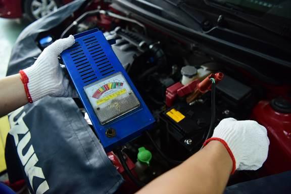Ắc quy là bộ phận quan trọng nhất cho hệ thống điện trên ôtô.
