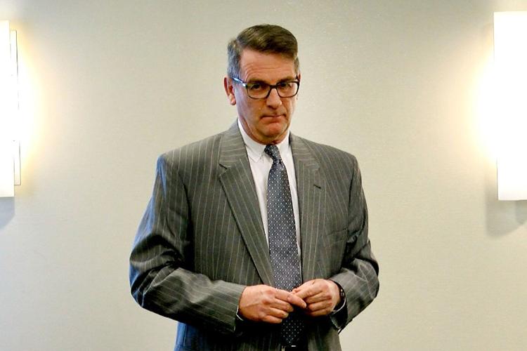 Richard Thompson được xác định là không làm giàu cho bản thân. Ảnh: Thomas P. Costello.