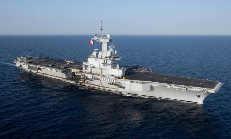 Tàu Charles de Gaulle trên Biển Đỏ hồi giữa năm 2019. Ảnh: US Navy.