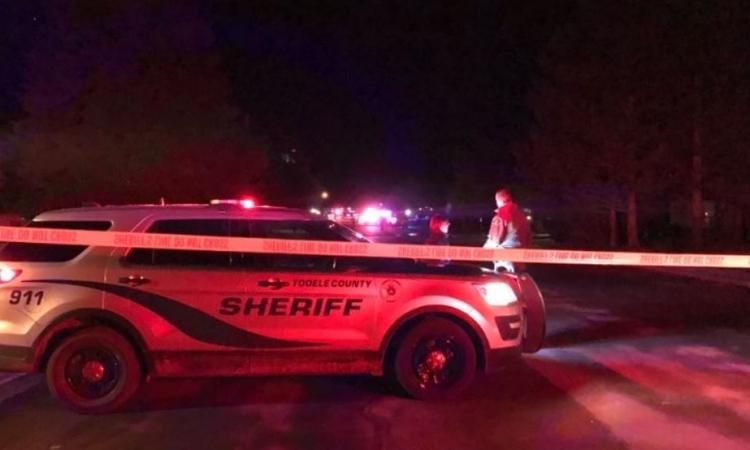 Hiện trường vụ nổ súng tại Grantsville, bang Utah, Mỹ, hôm qua. Ảnh: KUTV.