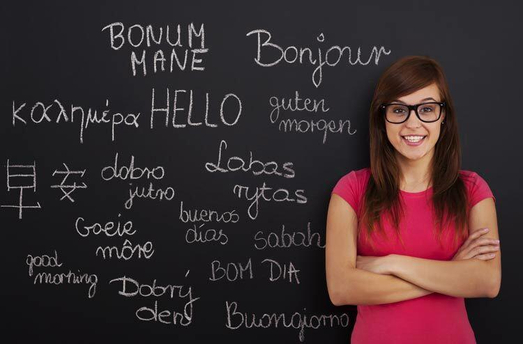Học nhiều ngôn ngữ mang lại nhiều lợi ích. Ảnh: Shutterstock.