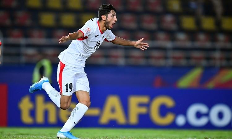 Al-Nainat gỡ hòa sau chưa đầy 10 phút vào sân. Ảnh: AFC.