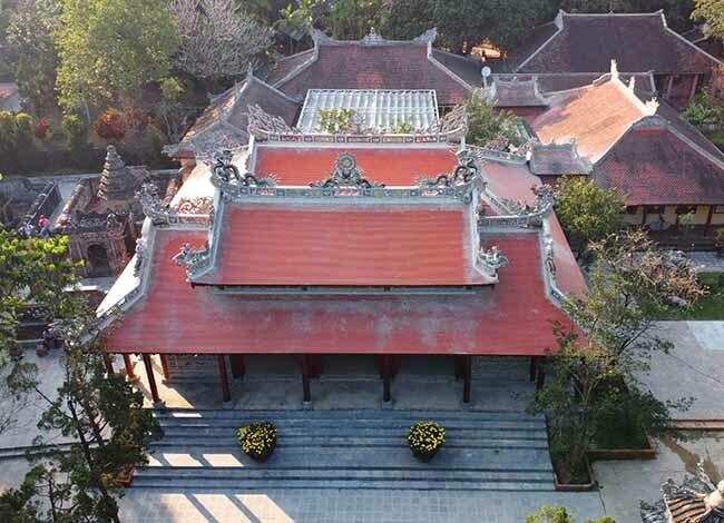 Cảnh quan chùa Từ Hiếu trong ngày giáp Tết. Ảnh