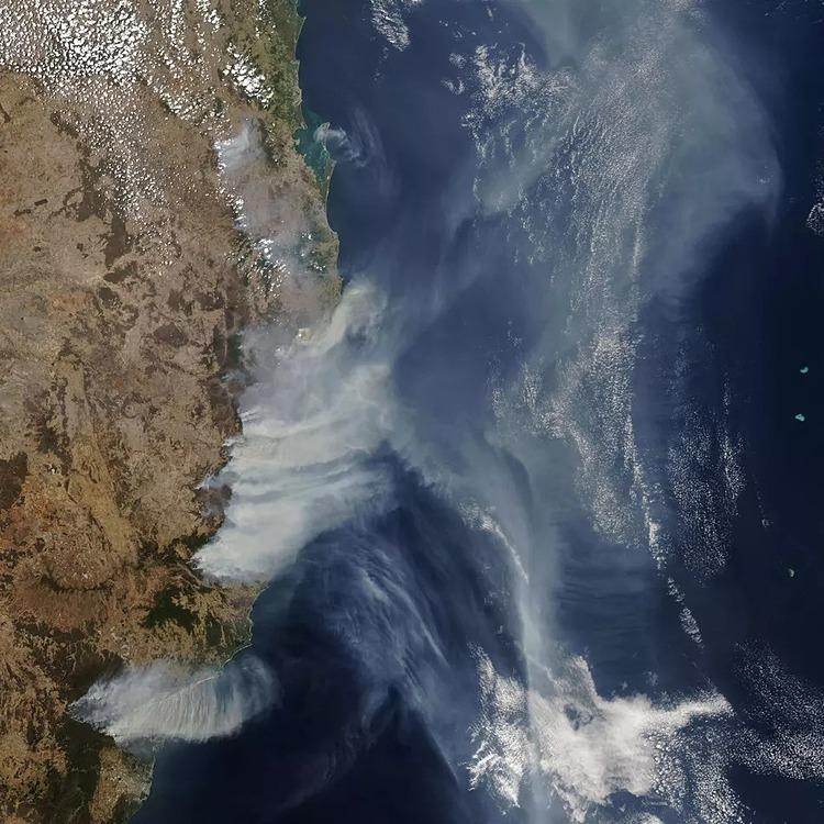 Khói độc bao trùm Australia hồi cuối năm 2019. Ảnh: Mashable